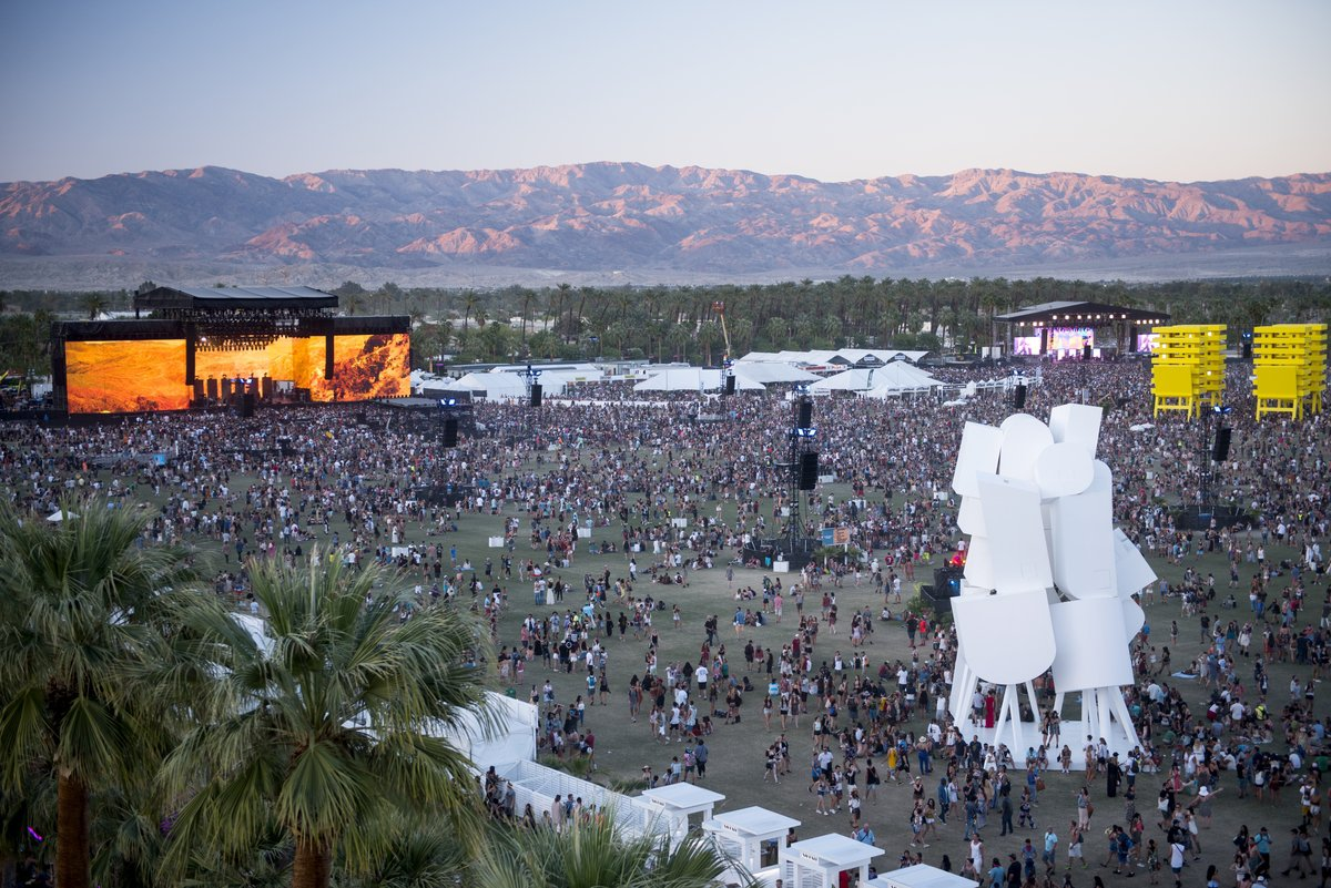 Coachella-2016-View3