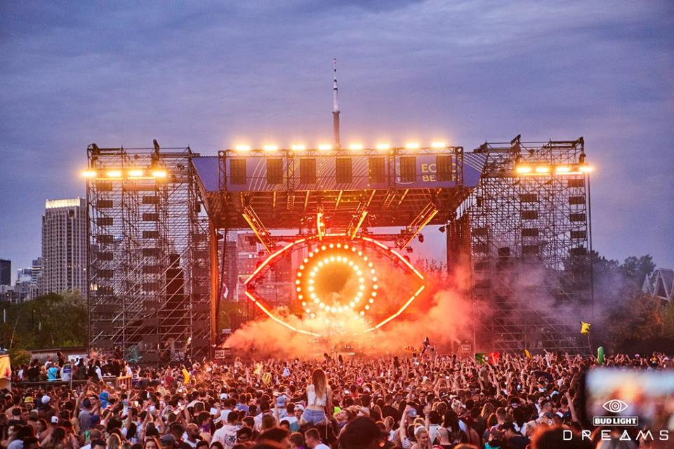 Toronto's Dreams Festival captivates attendees with a striking trifecta of music, art, and atmosphereDreams Stage 1
